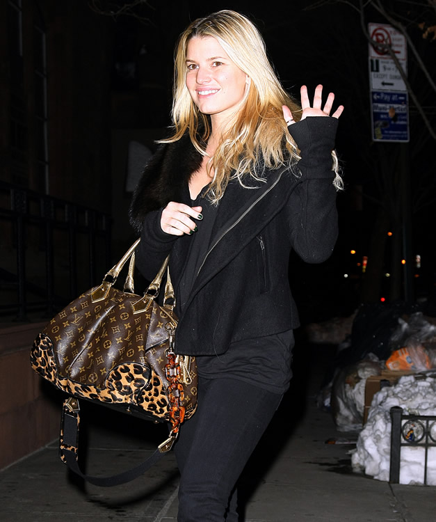 Celebrity gift bags and jessica simpson