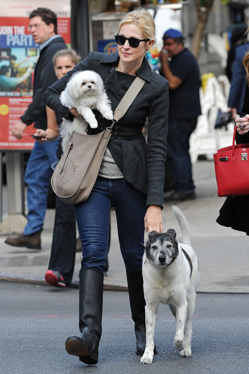 Kelly Rutherford Juggles Pooch Coffee And Hermes Evelyne