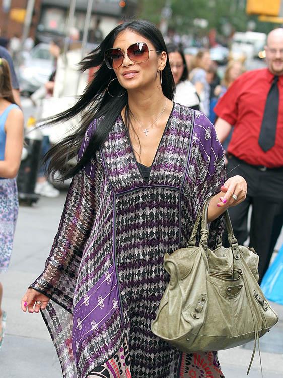Celebrity Style: Balenciaga Bags - Page 2