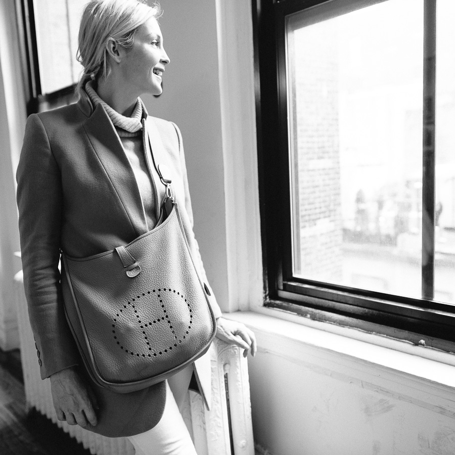 What's In Her Bag: Kelly Rutherford (18)
