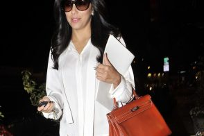Eva Longoria takes her Hermes Kelly to the hair salon