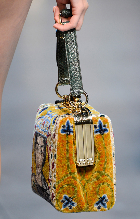 Dolce & Gabbana Fall 2013 Handbags (1)