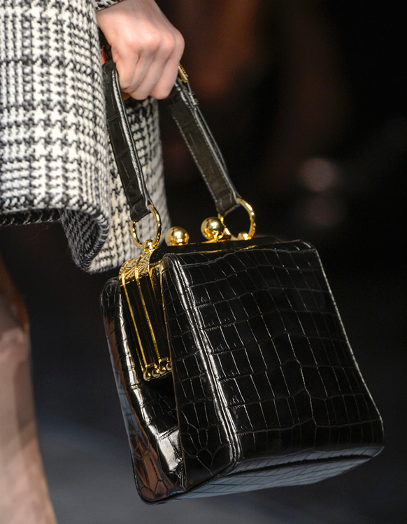 Dolce & Gabbana Fall 2013 Handbags (6)