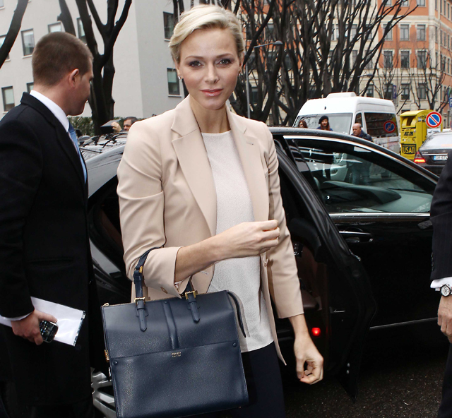 Princess Charlene of Monaco carries an Armani bag at Milan Fashion Week (1)