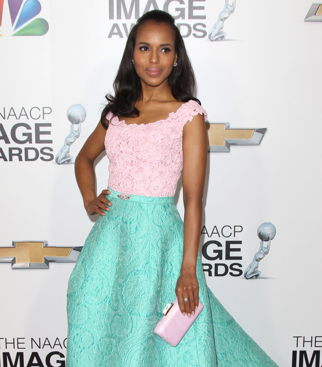 The Many Bags of Kerry Washington (30)