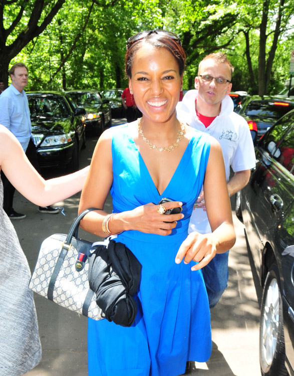 The Many Bags of Kerry Washington (5)
