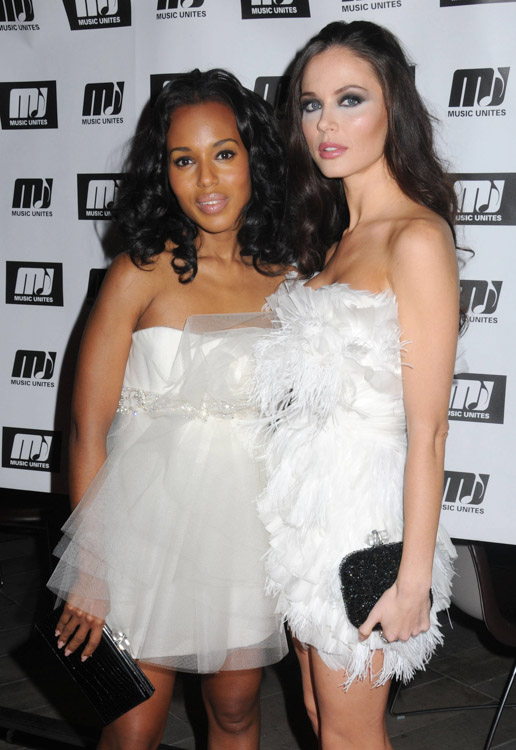The Many Bags of Kerry Washington (4)