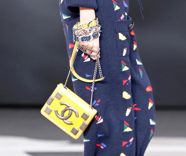 Chanel Fall 2013 Runway Handbags (10)