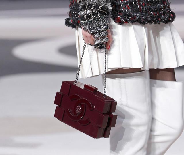 Chanel Fall 2013 Runway Handbags (14)