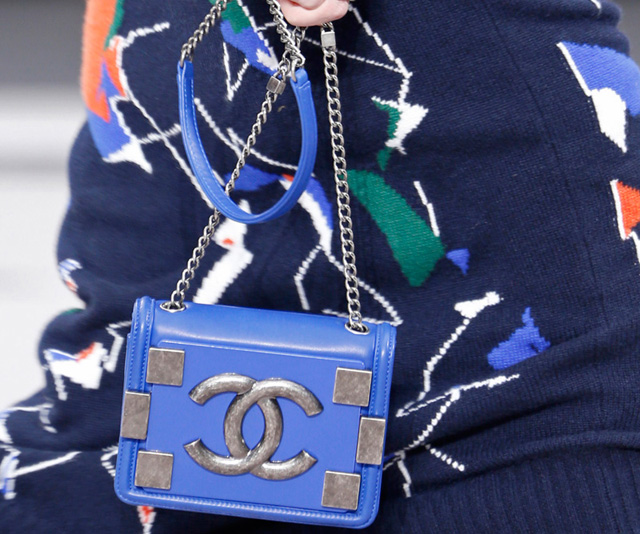 Chanel Fall 2013 Runway Handbags (16)