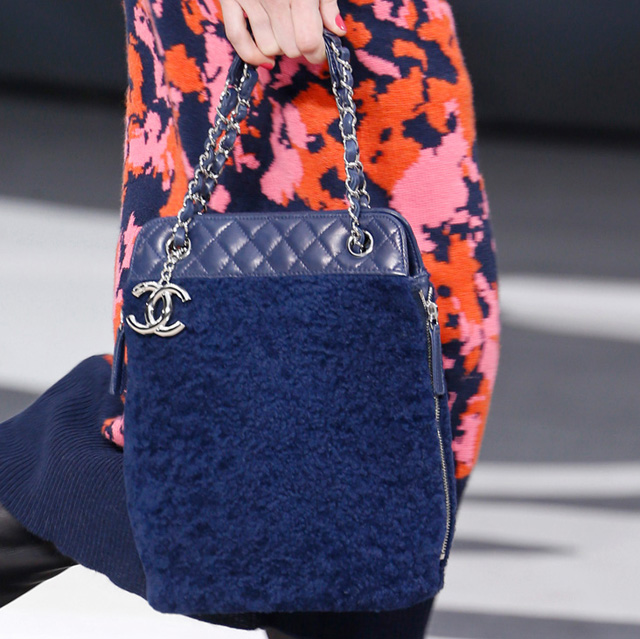 Chanel Fall 2013 Runway Handbags (21)