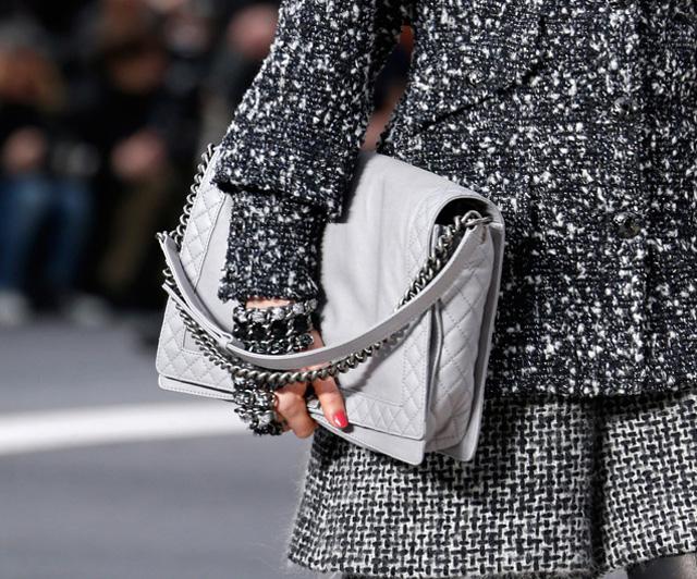 Chanel Fall 2013 Runway Handbags (22)