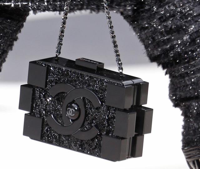 Chanel Fall 2013 Runway Handbags (3)