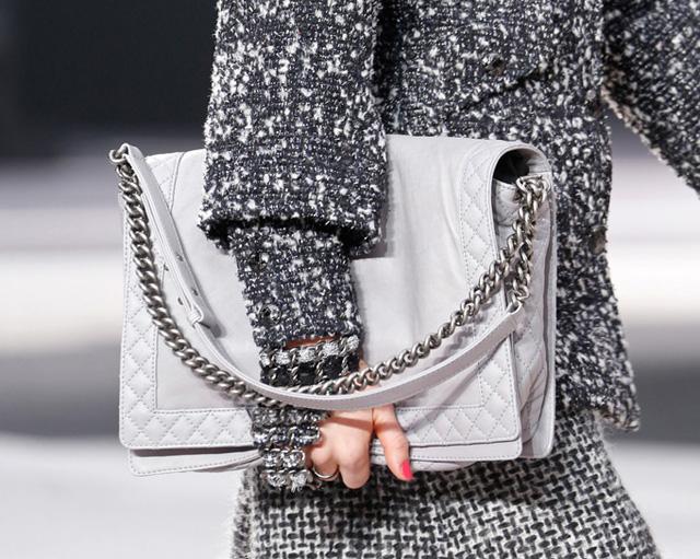 Chanel Fall 2013 Runway Handbags (29)