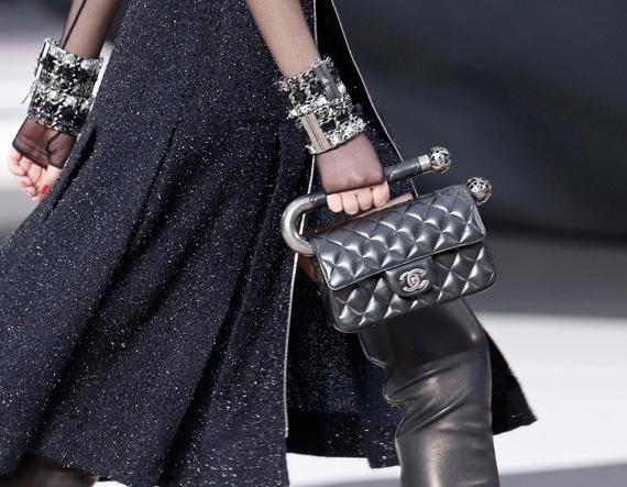 Chanel Fall 2013 Runway Handbags (7)