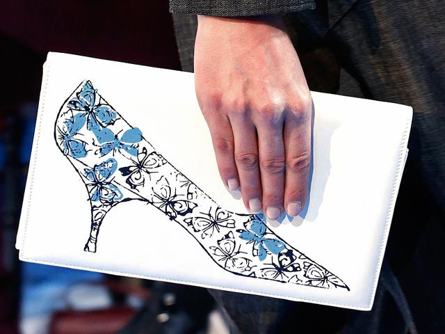 Dior Fall 2013 is full of pretty purses and Warhol prints - PurseBlog e860f2f1ca5e5