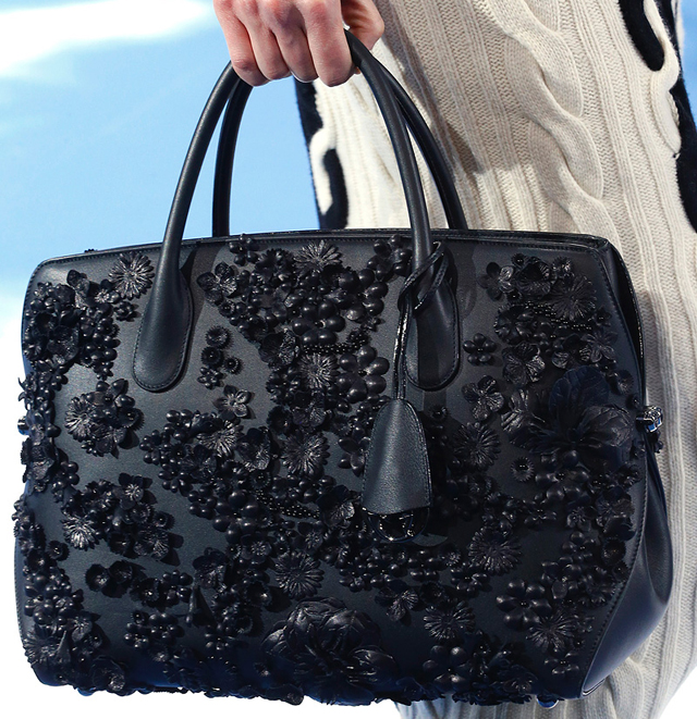 Dior Fall 2013 is full of pretty purses and Warhol prints - Page 4 ... 0cd6f58c230d6