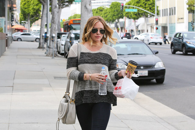 Hillary Duff carries a Chloe Marcie Crossbody Bag in Beverly Hills (4)