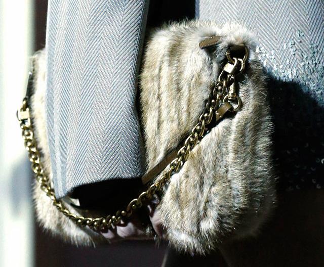 Louis Vuitton Fall 2013 Handbags (19)