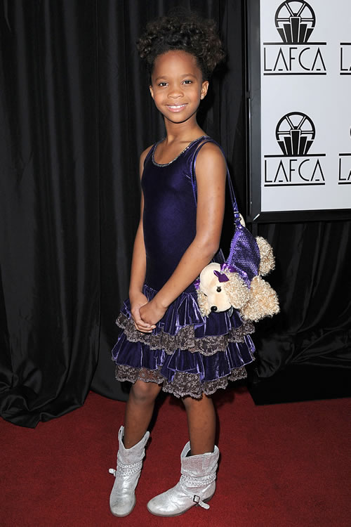 Quvenzhane Wallis Puppy Purse 13