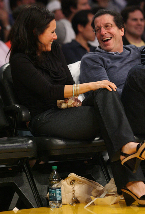 The Many Bags of Celebrity Basketball Fans-11