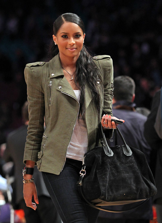 The Many Bags of Celebrity Basketball Fans-25