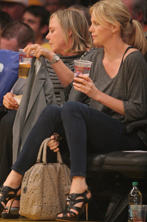 The Many Bags of Celebrity Basketball Fans (43)