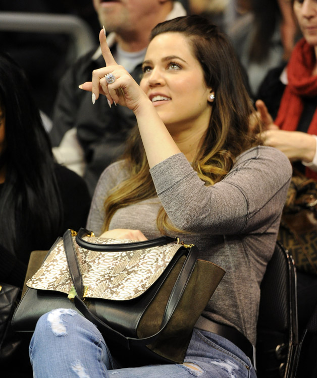The Many Bags of Celebrity Basketball Fans (52)