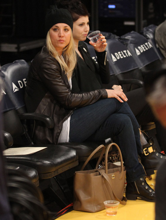 292877f53414 The Many Bags of Celebrity Basketball Fans - Page 33 of 58 - PurseBlog