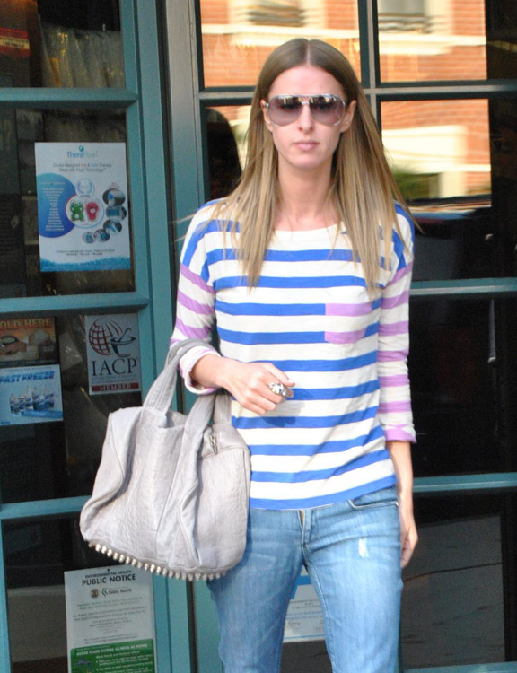 The Many Bags of Nicky Hilton-51