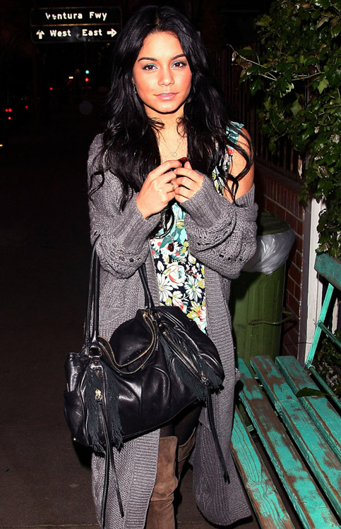The Many Bags of Vanessa Hudgens (9)