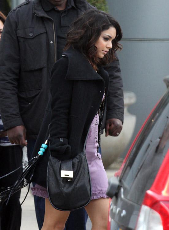 The Many Bags of Vanessa Hudgens (18)