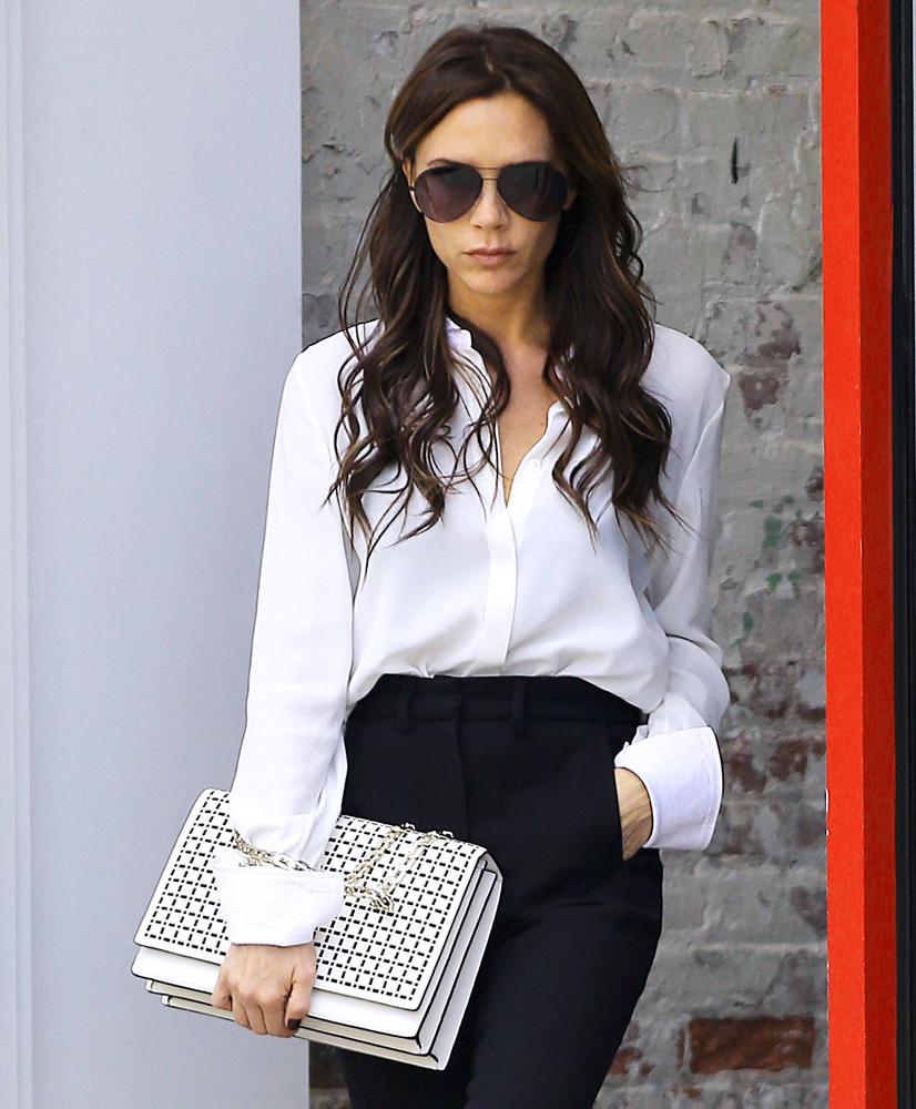 Victoria-Beckham-Hexagonal-Chain-Shoulder-Bag-White