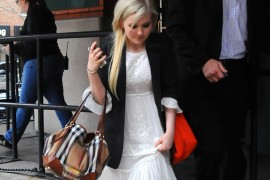 Abigail Breslin carries a Burberry Canterbury Shoulder Bag in NYC (5)