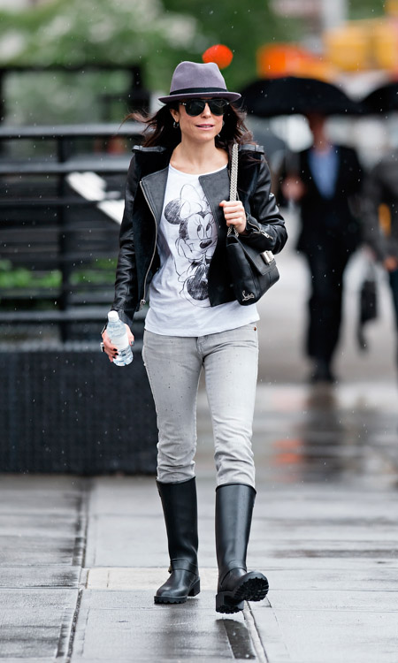 Bethenny Frankel carries a black leather Christian Louboutin Sweet Charity Shoulder Bag in NYC (1)