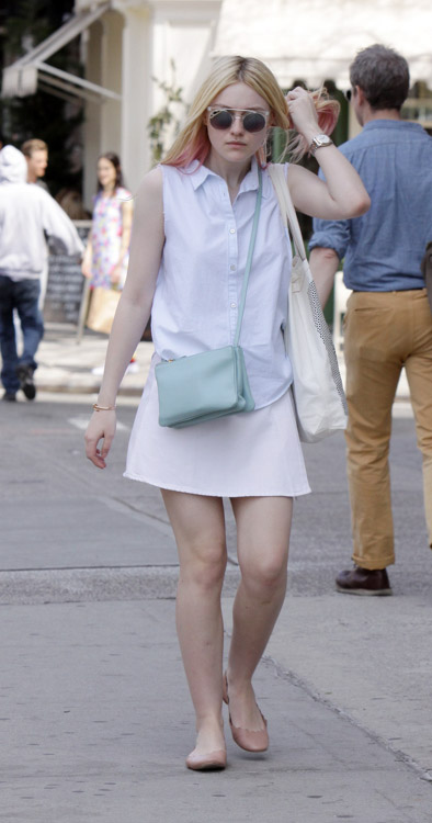 Dakota Fanning carries a light blue Celine Trio Bag in NYC (2)