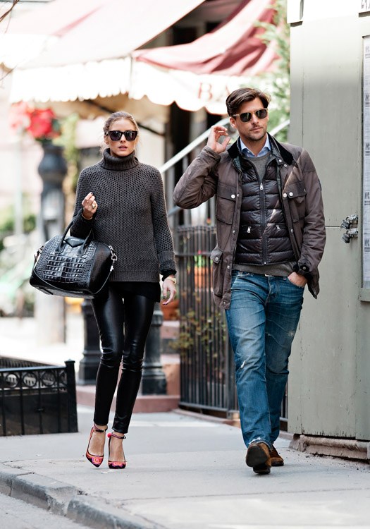 Olivia Palermo carries a black, crocodile-embossed Givenchy Antigona Bag (3)