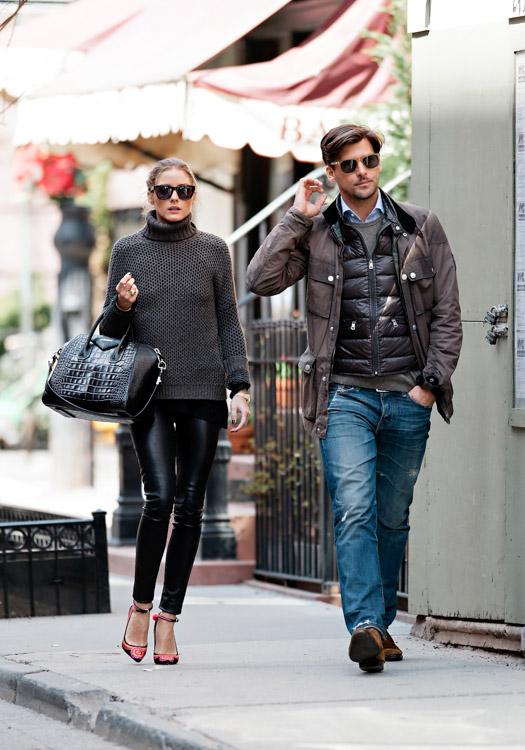 Olivia Palermo carries a black, crocodile-embossed Givenchy Antigona Bag (3)