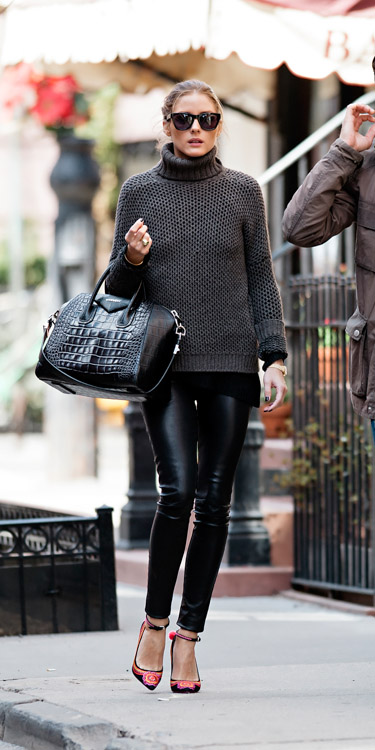 Olivia Palermo carries a black, crocodile-embossed Givenchy Antigona Bag (2)