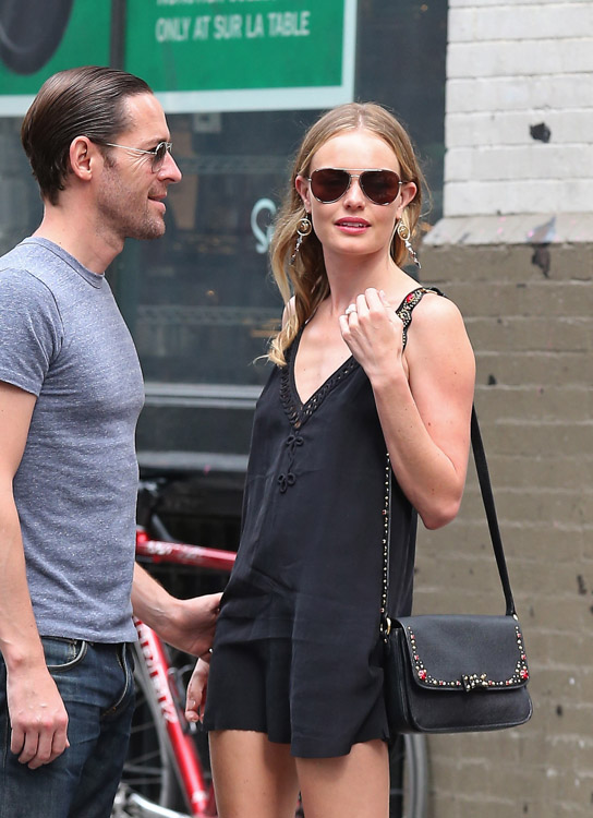 The Many Bags of Kate Bosworth (25)