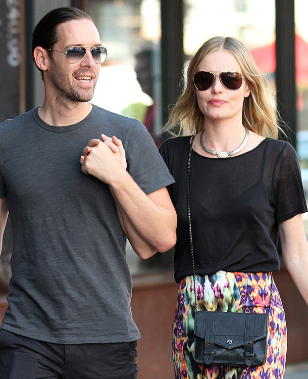 c4c9c327479d The Many Bags of Kate Bosworth - PurseBlog