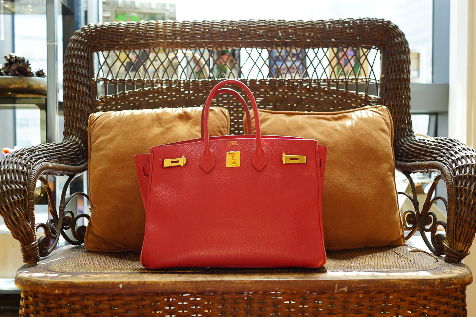 What's In Her Bag: Samantha Daniels (5)