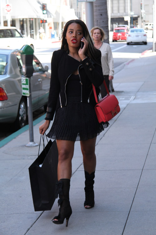 Angela Simmons carries a pink Hermes Constance Bag (3)