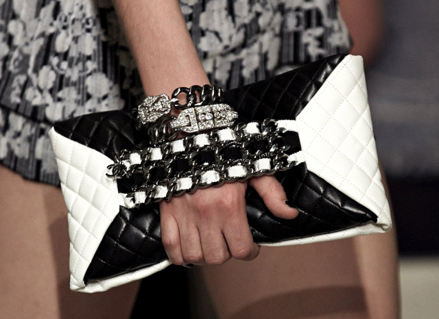 Chanel Cruise 2013 Handbags (21)