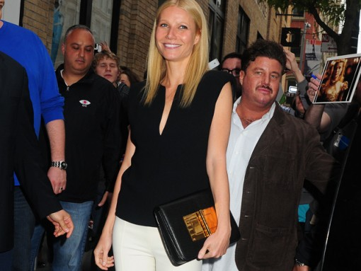 Gwyneth Paltrow carries a Tom Ford Natalia Bag in NYC (5)