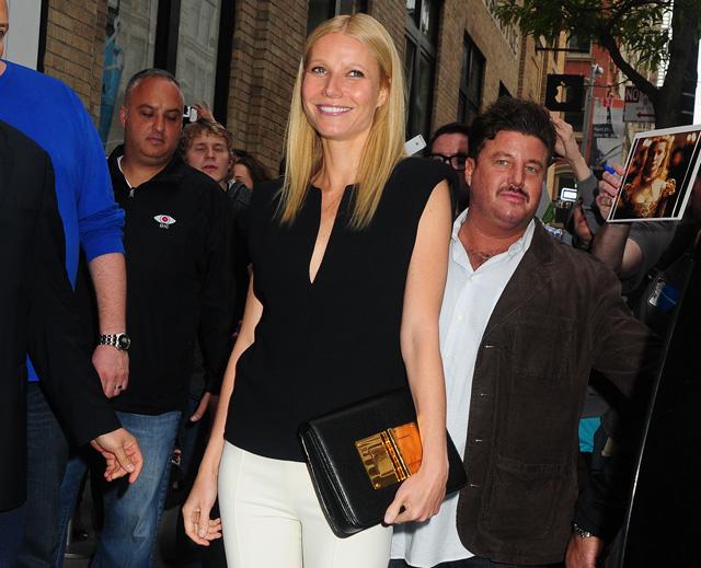 Gwyneth Paltrow carries a Tom Ford Natalia Bag in NYC (5)