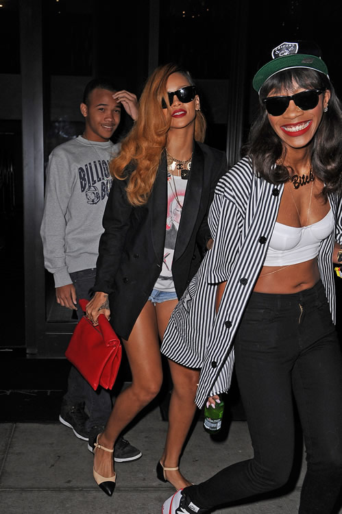 Rihanna and her Celine Roll Clutch7