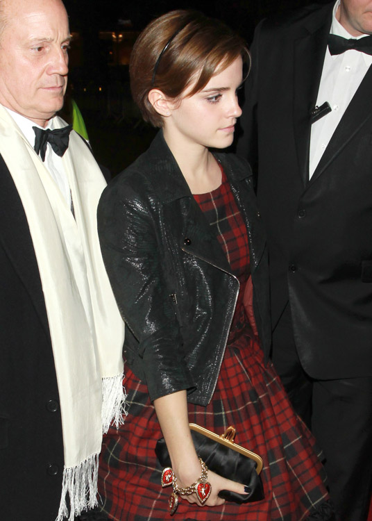 The Many Bags of Emma Watson-10