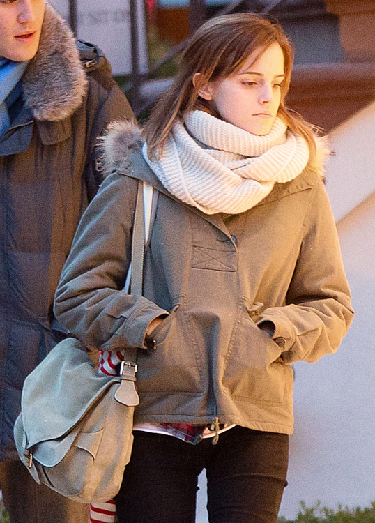 The Many Bags of Emma Watson-13