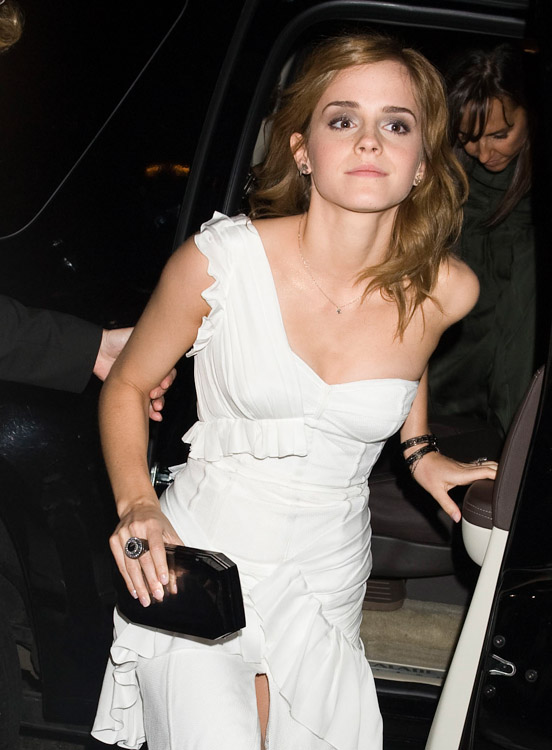 The Many Bags of Emma Watson-4